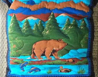 Bear in the Woods Quillow