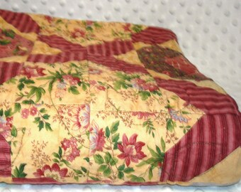 Flowers in Burgandy Quilt - SALE Clearance