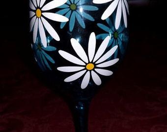 Beautiful Daisy SVG Cutting File - Wine Glass Decoration - Digital Download