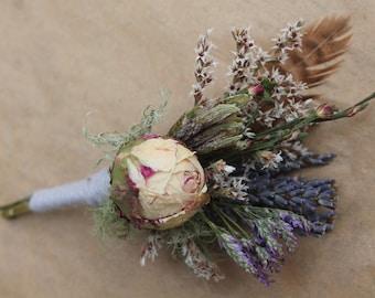 custom boutonniere, blush boutonnniere, woodland boutonniere, feather boutonniere, mauve boutonniere, lavender boutonniere, pink and purple