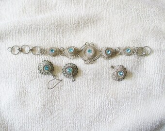 Vintage Cannetille Silver wire Bracelet, earrings and pendant set with blue glass stones - Estate find!
