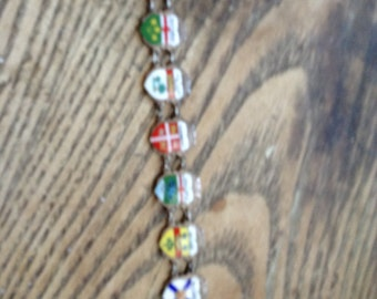 Bracelet vintage of the provinces of the Canada