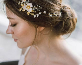 Bridal Hair Piece, Flower Bridal Headband, Wedding Hair Vine, Bridal Tiara, Wedding Hair Wreath, Wedding Headpiece, Diadem, Blossom- REGINA