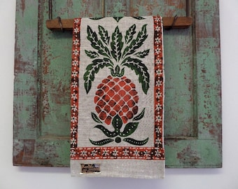 KAY DEE TOWEL • Pineapple Towel • Linen Towel • Hand Printed Towel • Kitchen Towel • Lois Long • Linen Dish Towel • The Whiskered Kitten