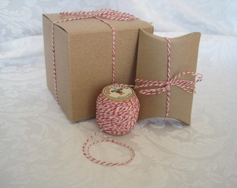 10 Yards Red Twine, Cotton Twine, Baker's Twine, Red String, Spool of String, Spool of Twine, Red and White, Gift Wrapping, On Wood Spool