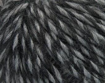 Peru Alpaca Worsted Yarn Black & Grey #48911 Ice Merino Wool Alpaca Acrylic 50g 98y