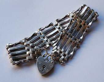 Sterling Silver Flat Link Chain Bracelet with Heart Padlock  Hallmarked 1977