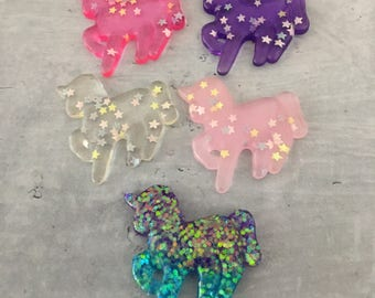 Glitter unicorn made of resin pink purple turquoise for decoded and jewellery production