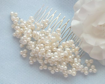 Princess - Vintage Style  Freshwater Pearl Hair Comb