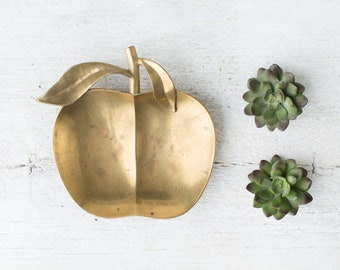 Vintage Apple Trinket Dish - Brass Trinket Tray - Gold Apple Decor - Golden Apple Ring Dish - Fruit Change Dish