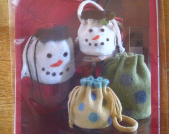 Instructions Felted Bucket Bag Snowman or Polka Dots Indygo Junction Pattern  Free US Shipping