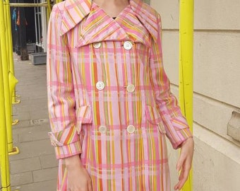 Unusual Plaid 70s pink vintage Trench Coat Notch Collar M 1970s By Main St Coat Raincoat Jacketb