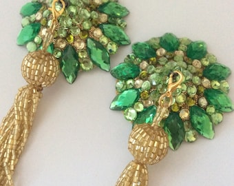 Champagne and chanteuse pasties on gold base with removable gold beaded tassel