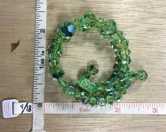 "Vintage 7"" Bracelet Memory Wire Green Aurora Borealis Beads Used"