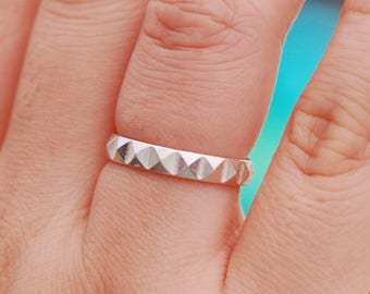 Sterling Silver Studded Ring, Sterling Silver Pyramid Ring, Sterling Silver Geometric Ring, Studded Ring, Stacking Ring, Gift for Her