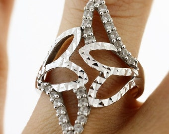 Round Cut Diamond Leaf Shaped Ring 0.4 Cttw  Ring- 18K White Gold Jewelry