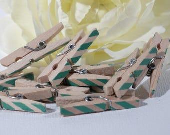 Set of 10 mini clips Green striped