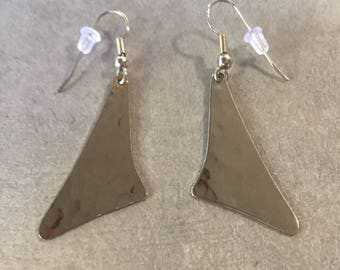 Only one!! Antique silver hammered earrings