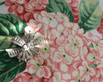 Vintage Rhinestone Flower Brooch,stunning