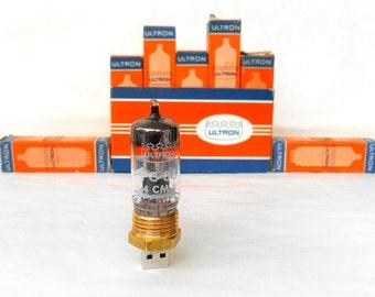 Steampunk usb flash drive 32 GB, Retro usb, Handmade usb, Wedding gift, Gift for him, Pentode Copper radio vacuum tube, Weird usb, Cool usb
