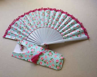 Fan made by hand. Customize your fan.