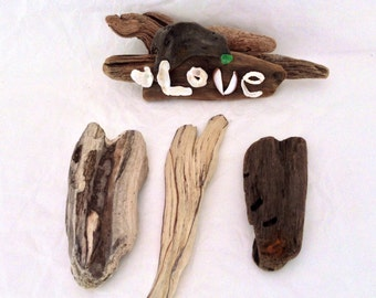 Natural Driftwood Hearts - photo prop - DIY wedding decor - Beach Treasures