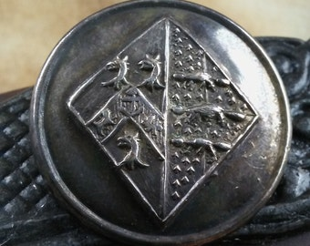 Livery Button, British Livery Buttons, Coat of Arms Buttons, Antique Buttons, BL-19 Family Crest Buttons, Vintage Buttons, European nobility