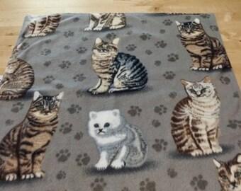 Cat Blanket / Pet Blanket / Pet Bedding / Pet Accessories / Cat Bed / Cat Rug / Cat Accessories / Fleece Cat Blanket
