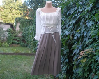 Pleated  Skirt / Pleated Skirts / Skirt Vintage / Beige Pleated Skirt / Accordion Skirt / Size EUR 40 / UK12