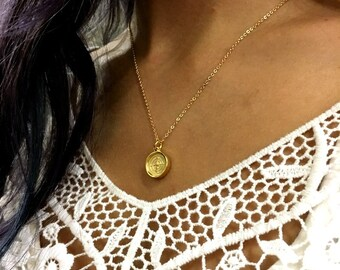 Compass necklace, Minimalist necklace, Gold necklace, Dainty pendant, Layering Necklace, casual necklace, Gift for her, casual - AFN 115