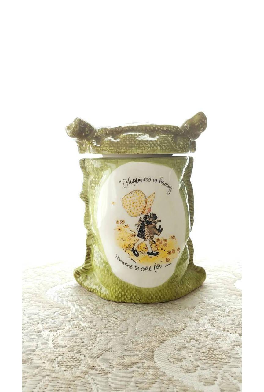Vintage holly hobbie container green burlap sack ceramic jar description holly hobbie container reviewsmspy