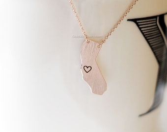 California State Necklace in rose gold, CA Rose gold necklace, state bar necklace, necklaces for women, simple dainty necklace