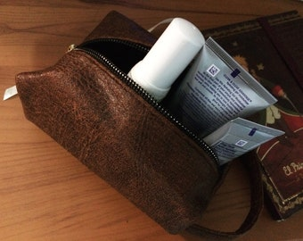 Toiletry Bag Mens Toiletry Bag  FAKE Leather Custom Dopp Kit Portland Shaving bag, makeup bag, cosmetic bag