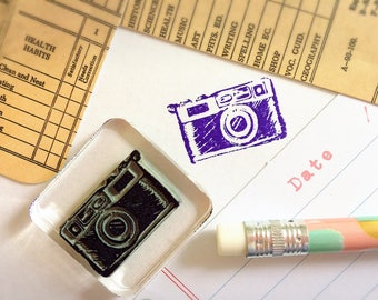 Old Camera Stamp ~ vintage camera rubber stamp, snail mail, pen pal, post crossing, smash book, journal, diary, scrapbook, holiday, vacation