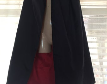 Reversible Cape (Navy blue and red)
