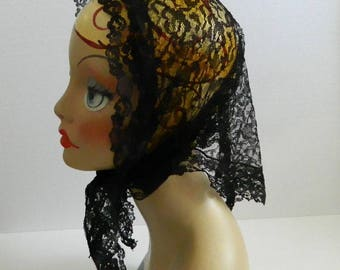 Black Lace Triangle Head Scarf