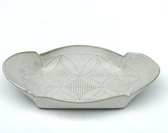 White Ceramic Tray, White  leaf pattern tray, Ceramic Appetizer Plate, Decorative Serving platter, Modern Serving tray, valentine's day gift