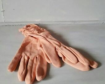Peach Vintage Gloves Ladies