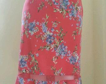 On Sale! Vintage BCBG Floral print skirt / Size Small.