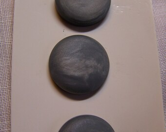 """Set of 3 Pretty Vintage 3/4"""" Gray Satin Pearlized Buttons (1662)"""