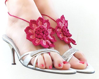 Barefoot sandals, Burgundy Dusty Rose Flower, nude shoes, foot jewelry, Barefoot sandles, gypsy. Headband