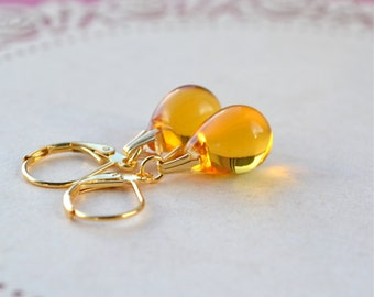 Yellow Earrings, Tear Drop Earrings, Bead Dangle Earrings, Yellow Glass Earrings, Best Selling Items, Yellow Teardrop Earrings, Gift for her