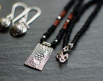 Massive silver necklace, Black/Brown, delicate, feminine rockery