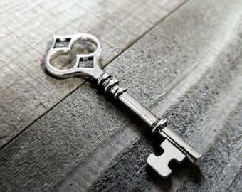 Silver Key Pendant Skeleton Key Pendant Key Charm Steampunk Key Big Key Large Key Old Fashioned Key