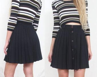 90s black pleated button up high waist mini skirt m