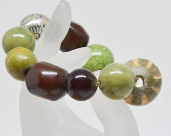 Large green tone beaded bracelet