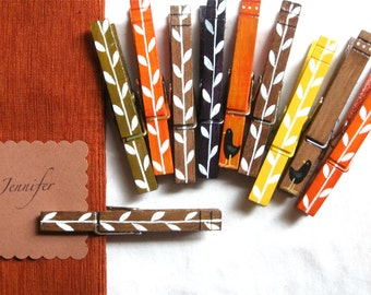 10 THANKSGIVING CLOTHESPINS place card holders magnetic clothespin