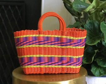 Vintage plastic woven purse/Retro bag/60s style handbag/planter