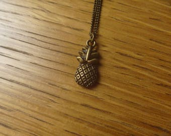 delicious pineapple necklace bronze