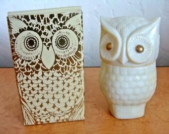 Avon Precious Owl Glass Decanter (Vintage)